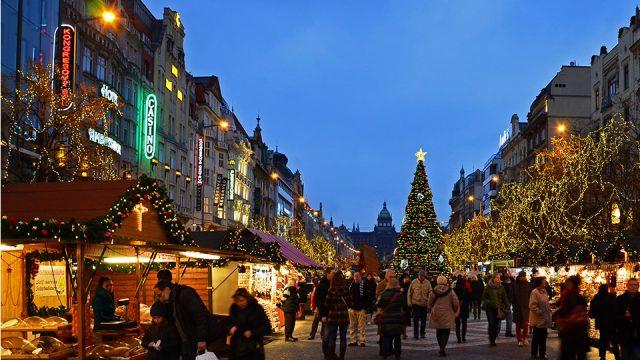 luci-di-Natale-a-Praga.jpg