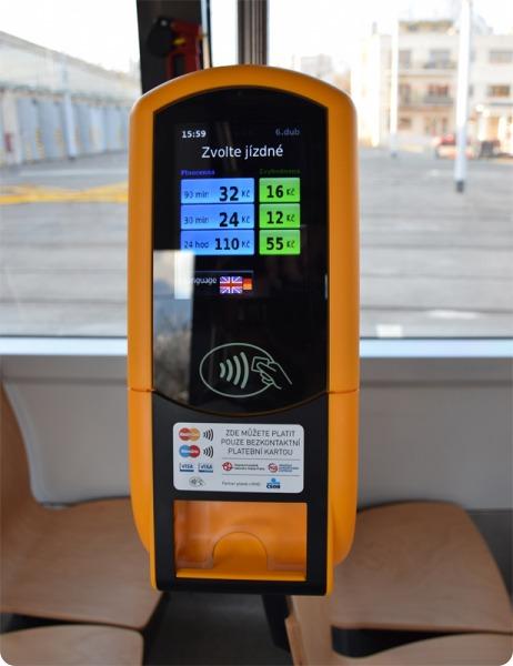 contactless-tram-praga