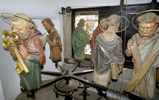 il corteo degli apostoli orologio astronomico Praga