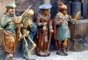 le figure del quadrante astronomico orologio di Praga