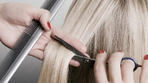 taglio-capelli-praga