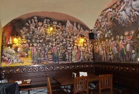 u-tri-ruzi-praga-ristoranti
