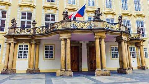 balcone-presidenziale-castello-praga