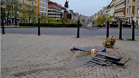 memoriale-palach-piazza-venceslao