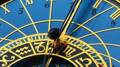 orologio-praga-tempo-babilonese