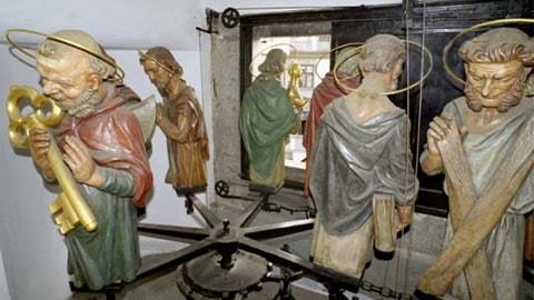 praga-orologio-corteo-apostoli
