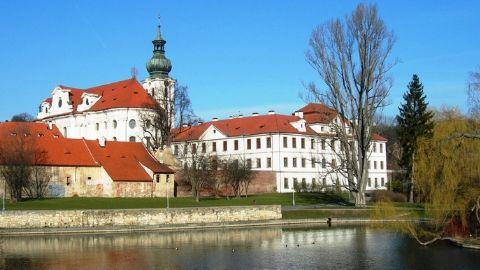 Monastero di Břenov