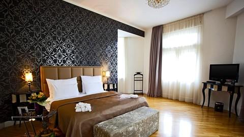 Deminka-Palace-hotel-praga