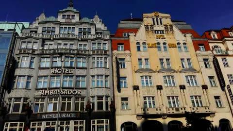 ambassador-zlata-husa-hotel