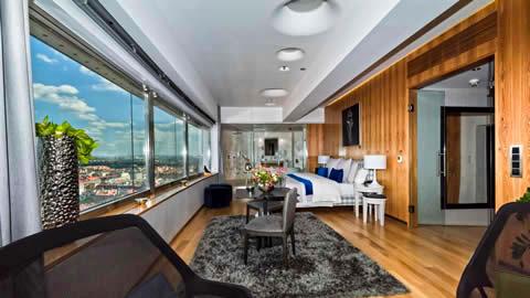 one-room-hotel-praga