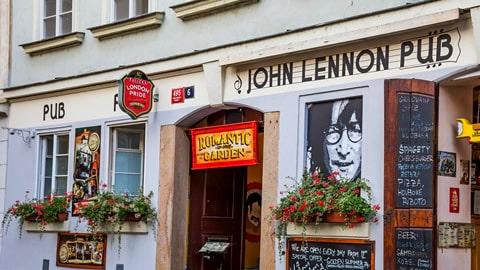 john-lennon-pub-prague