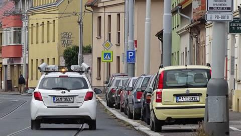 parcheggi-praga-auto-telecamere