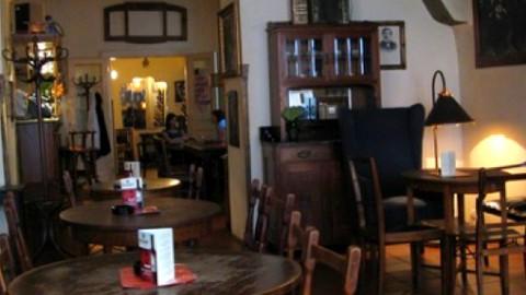cafe-montmartre-praga