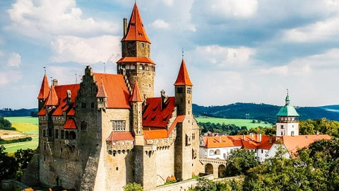 castello bouzov
